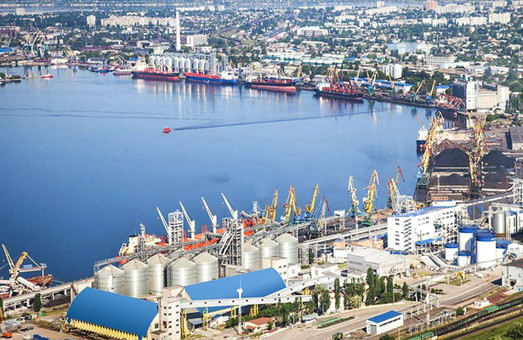Грузооборот транзитных грузов в морских портах Украины вырос на 7,9%