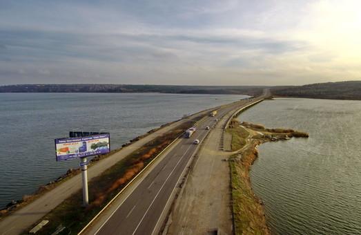 Ремонт моста на трассе Одесса - Киев заблокирован одним из участников тендера