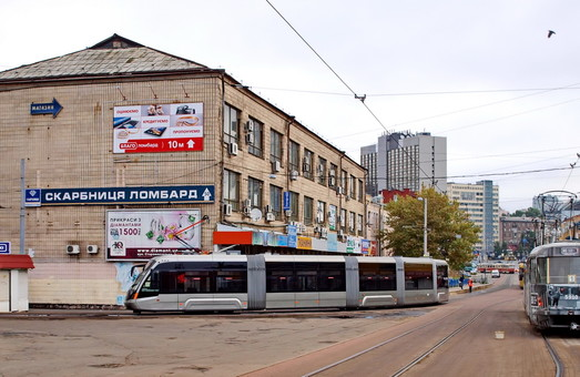 В столице Украины на выходных остановлено движение скоростного трамвая