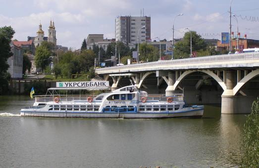 На украинских реках хотят провести инвентаризацию всей инфраструктуры для судоходства