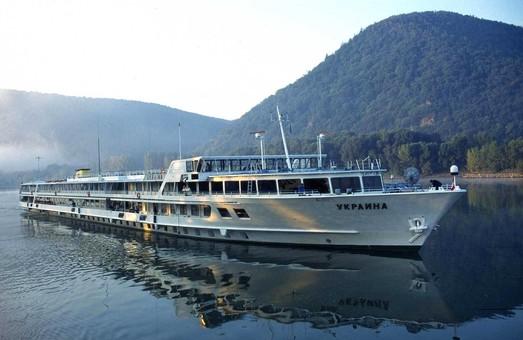 В Украинском Дунайском пароходстве изменены схемы работы круизных судов