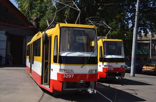 В Одессе изготовили сразу два новых трамвая (ФОТО)
