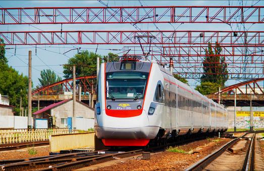 Украинские скоростные поезда перевезли рекордное число пассажиров