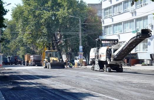 В Одессе открыли движение по улице Сегедской и Ланжероновской
