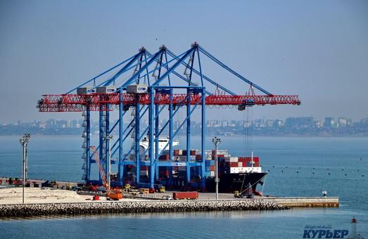 Администрация морских портов Украины за полгода заработала 1,3 миллиарда гривен