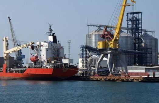 Дноуглубление в порту Черноморск идет быстрее, чем планировали