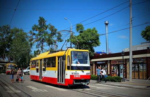В Одессе установят первое информационное табло на конечной остановке трамваев у вокзала
