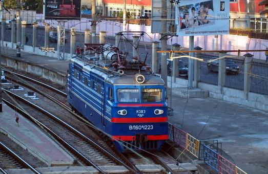 Какие электровозы собираются купить на украинские железные дороги