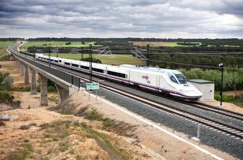 Испанский железнодорожный перевозчик за первое полугодие заработал 35,5 млн евро