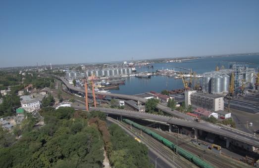 В Одесском порту возобновляют строительство причала-долгостроя
