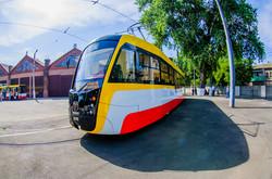 """Новый одесский трамвай получил имя """"Одиссей"""" (ФОТО)"""