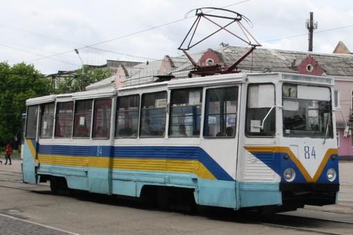 Из-за остановки трамвайного движения в городе мэр Конотопа лишился должности