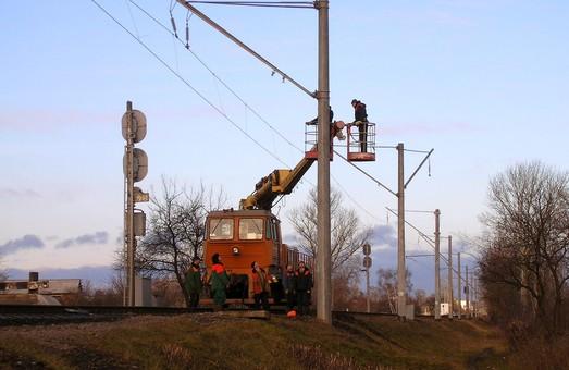 На Южной железной дороге завершили электрификацию очередного участка