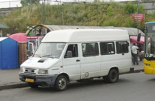 С дорог Одессы и Одесской области исчезнут переоборудованные из грузовых фургонов пассажирские микроавтобусы