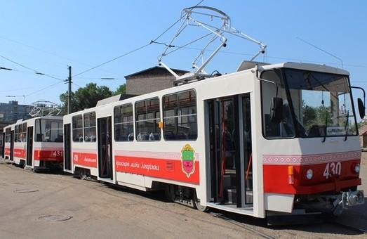 В Запорожье капитально восстанавливают старые трамваи