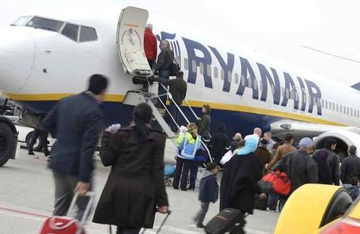 Европейский лоукостер «Ryanair»будет летать внутри Украины