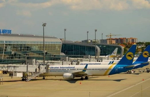 Поляки собираются развивать аэропорт во Львове