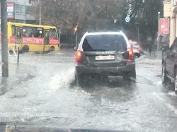 Львов снова подтопило после дождя – трамваи не курсировали