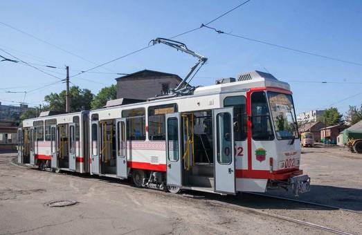 Трамвай «Tatra KT4DtM» скоро выйдет на линию и в Запорожье