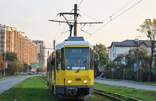 Жители Каменского просят приобрести для города трамваи из Берлина