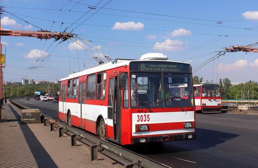 В Николаеве общественный транспорт испытывает нехватку водителей