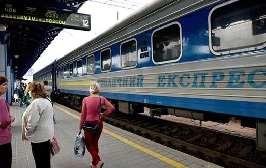 «Укрзализныця» может сохранить движение пассажирских поездов в Россию