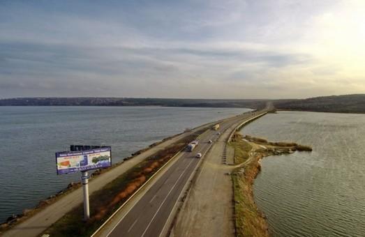 Ремонт автотрассы возле Хаджибейского моста может обойтись почти в 350 миллионов