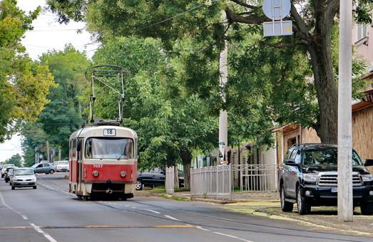 Уже завтра одесские трамваи снова будут ходить на Фонтан по маршрутам 18 и 19