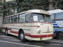 ЛАЗ показал киевлянам свою классику и новую продукцию
