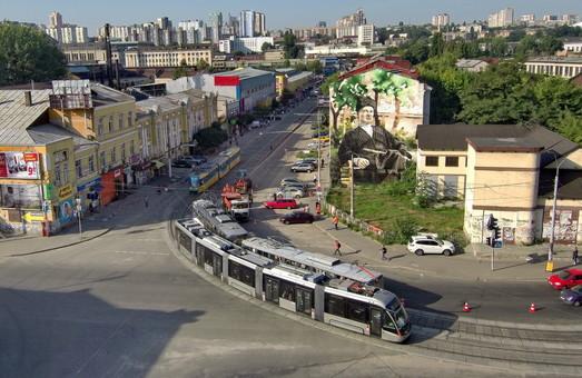 Кличко недоволен трамваями «Электрон»: из 10 вагонов работают только три
