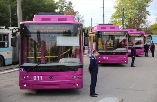Новые троллейбусы «Богдан Т701.17» уже курсируют в Кременчуге