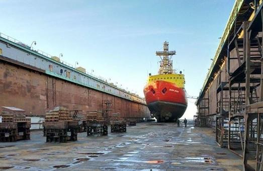 Единственный украинский ледокол ремонтируют в Мариуполе
