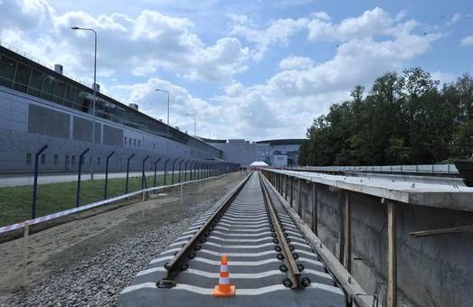 Железная дорога в Борисполь: позитивы и негативы проекта