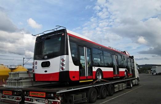 В Опаву прибыл первый троллейбус «Škoda 32 Tr»