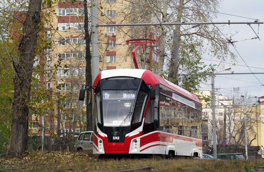 В Перми на улицы города вышел низкопольный трамвай «Львенок»