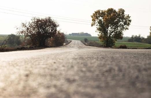 В Лиманском районе Одесской области отремонтировали дорогу между Першотравневым и Степановкой.