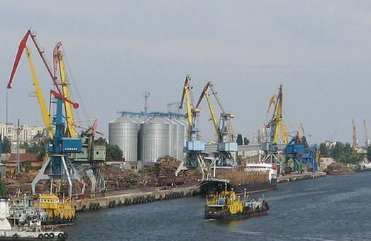 АМПУ обнародовала оперативные данные о работе портов и каналов Украины