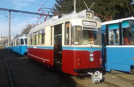 В Виннице в день рождения трамвая на маршрутах курсировали ретро-вагоны