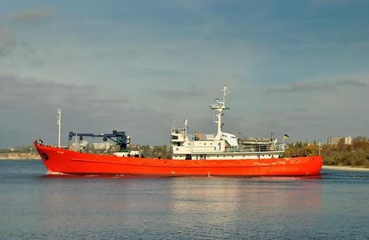 В Николаеве досрочно закончили ремонт гидрографического судна ГС-82