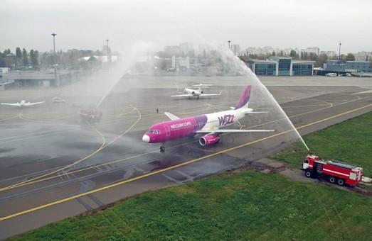 Венгерский лоукостер «Wizz Air» открыл на этой неделе пять авиарейсов в Украину
