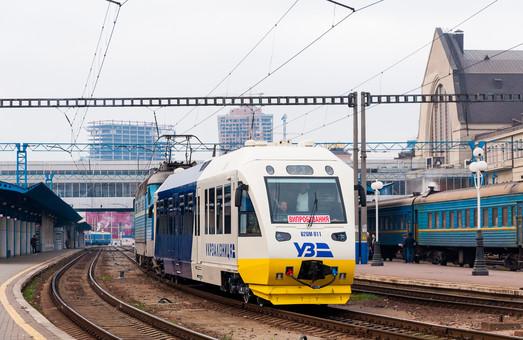 Во время испытаний на линии «Киев – Борисполь» сломался один из рельсовых автобусов