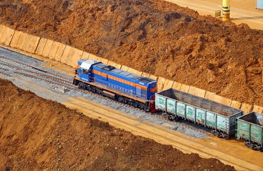 «Укрзализныця» и ЕБРР подписали кредитный договор о покупке новых товарных вагонов