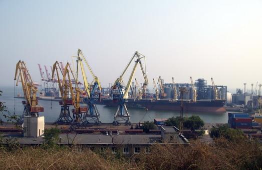 В Одессе ищут новых капитанов морских портов региона
