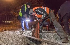 В Днепре по ночам проводят ремонты трамвайных путей