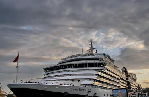 С начала года порты Украины обслужили чуть больше полумиллиона пассажиров