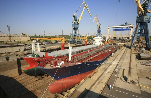 Пять компании хотят купить николаевский судостроительный завод «Океан»