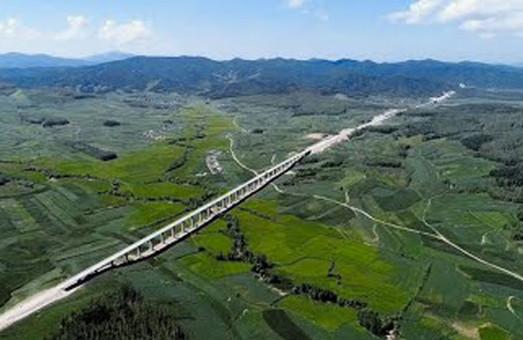 Китай развивает скоростные железные дороги