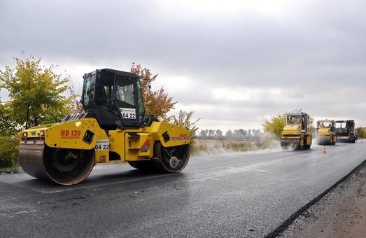 Только 6% автодорог в Украине находятся в надлежащем состоянии