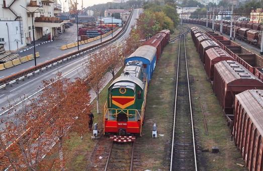 В Украине за 10 месяцев 2018 года объем перевозок по железным дорогам упал на 4,4 %