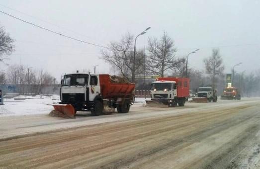 Из-за непогоды в понедельник и вторник на севере Одесской области ухудшатся условия движения на дорогах